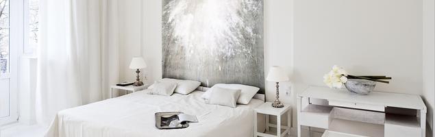 Styl minimalistyczny we wnętrzach. Biel w sypialni