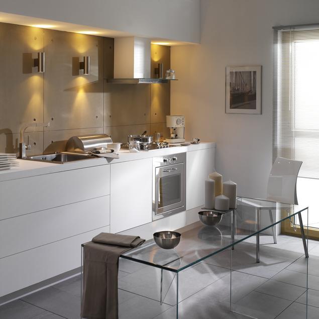 Zobacz galerię zdjęć Nowoczesna, biała kuchnia Styl   -> Kuchnia Biala Jaki Kolor Ścian