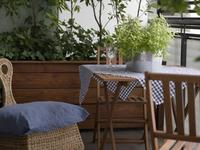 Meble balkonowe. Urządzanie balkonu meblami ogrodowymi nie jest proste