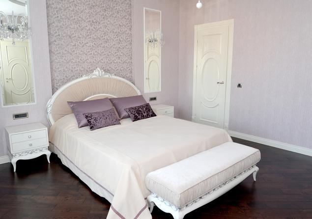 Sypialnia w stylu glamour. Aranżacja wnętrza